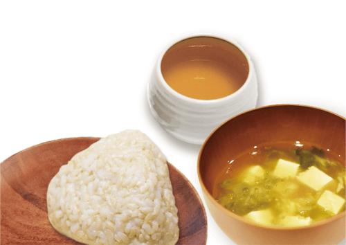 中広行の瞑想セミナーの玄米おむすび、味噌汁、三年番茶イメージ写真